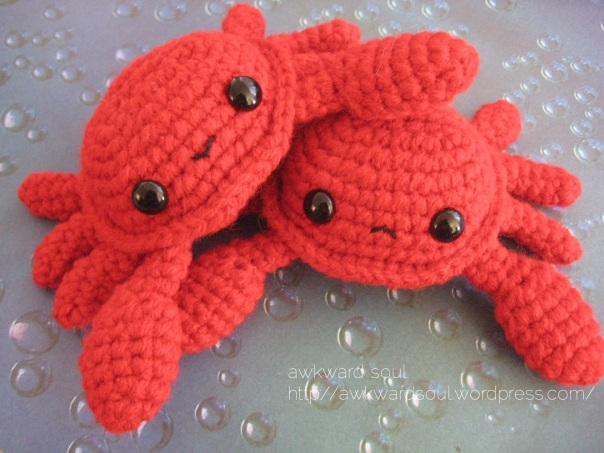 Crab Amigurumi pattner by AwkwardSoul (1)